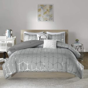 Intelligent Design Raina 5 Piece Bed Sets